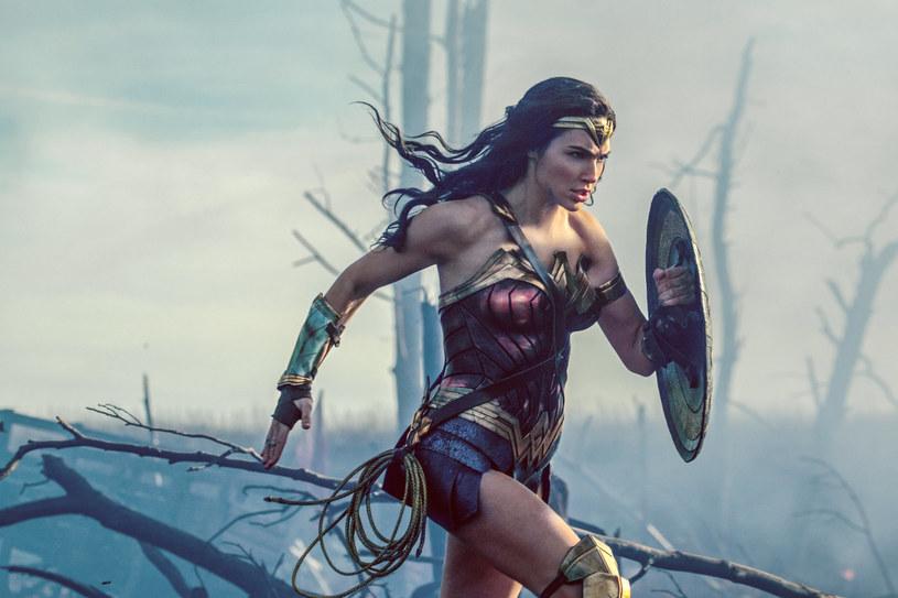 """Wytwórnia Warner Bros postanowiła odwołać londyńską premierę filmu """"Wonder Woman"""". To efekt poniedziałkowego zamachu bombowego w Manchesterze, w którym zginęło ponad 20 osób."""