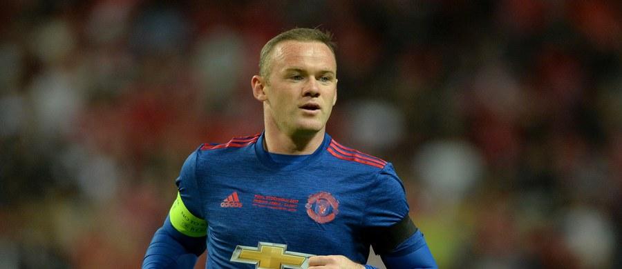 Selekcjoner reprezentacji Anglii podał nazwiska 25 piłkarzy przed najbliższymi meczami ze Szkocją i Francją. Na liście nie ma wieloletniego kapitana - Wayne'a Rooney'a.