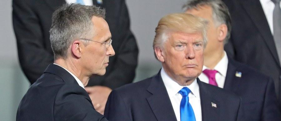 Wiele krajów wciąż za mało wydaje na wspólną obronę, 2 proc. PKB to minimum - powiedział prezydent USA Donald Trump na spotkaniu przywódców państw i rządów NATO w Brukseli. Mówił o wyzwaniach, także ze strony Rosji.
