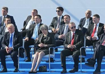 Przedziwny szczyt NATO