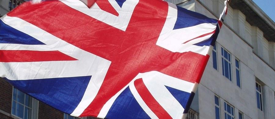 Wielka Brytania pozostanie silnym sojusznikiem Unii Europejskiej także po wyjściu ze Wspólnoty - oświadczyła w poniedziałek szefowa MSW Amber Rudd. W niedzielę kanclerz Niemiec Angela Merkel oceniła, że UE nie może już w pełni polegać na USA i W. Brytanii.