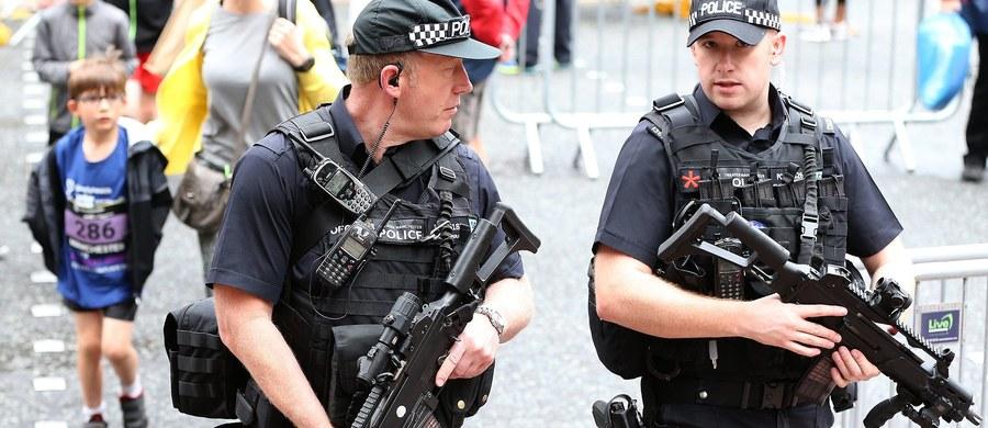 Brytyjski kontrwywiad wszczął wewnętrzne dochodzenie w sprawie obowiązujących procedur. Postępowanie zbada, dlaczego MI5 nie zareagował na informacje o ekstremistycznych poglądach Salmana Abediego, sprawcy ubiegłotygodniowego zamachu w Manchesterze.