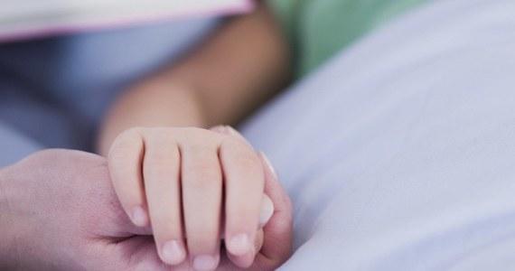 W Dzień Dziecka gramy dla chorych dzieci. Dochód z poniedziałkowej gry SMS zostanie przekazany na leczenie dzieci będących pod opieką Stowarzyszenia Chorych na Mukopolisacharydozę i Choroby Rzadkie w Głoskowie. Nasi słuchacze - jak zwykle - będą mieli szansę wygrać nawet 400 tysięcy złotych, ale jednocześnie, biorąc udział w zabawie, pomogą małym pacjentom.