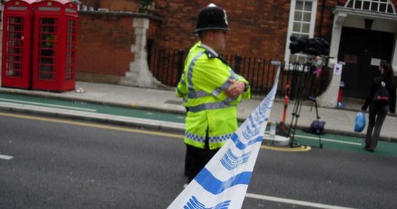 Więzień uciekł ze szpitala Salisbury w Wielkiej Brytanii. Jest uzbrojony w nóż i niebezpieczny – brytyjskie media ostrzegają przez 30-letnim Michałem K.