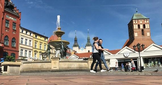 Chojnice były w sobotę Twoim Miastem w Faktach RMF FM. Miasto znane jest chociażby z przepięknego, zrewitalizowanego rynku. Od XIV wieku jego symbolem jest tur. Zobaczyć można go nie tylko w herbie Chojnic.
