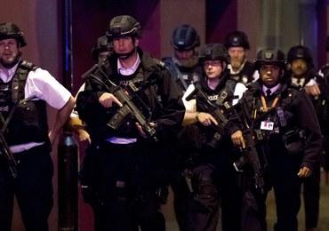 Kulisy działań policji w Londynie. Oddano bezprecedensową liczbę strzałów do napastników