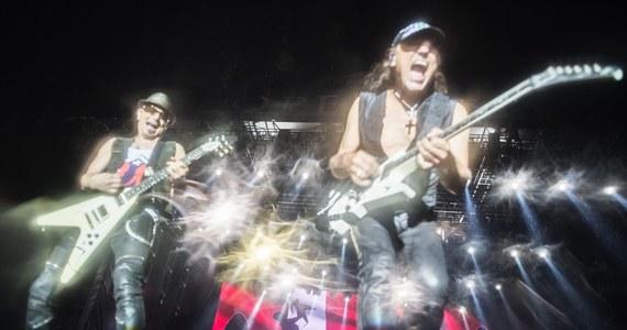 Muzycy Scorpions osobiście odsłonią gwiazdę zespołu w znajdującej się tuż pod Wawelem krakowskiej Alei Gwiazd. Ceremonia odbędzie się w piątek, 23 czerwca, o godz. 16:00. Dzień później legendarna grupa zagra na Tauron Life Festival Oświęcim!