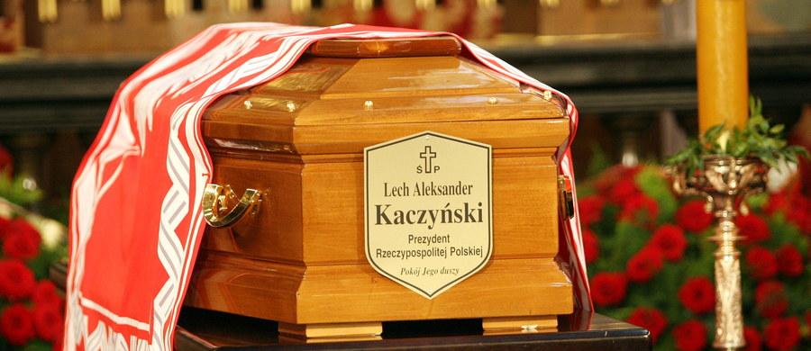 Rzeczniczka MSZ Rosji Maria Zacharowa oświadczyła, że identyfikacji ciał ofiar katastrofy smoleńskiej dokonywali przedstawiciele Polski i krewni ofiar. Dodała, że to strona polska nalegała na jak najszybsze przekazanie jej szczątków ciał ofiar katastrofy.