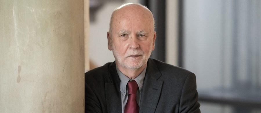 Adam Zagajewski otrzymał Literacką Nagrodę Księżniczki Asturii (Premio Princesa de Asturias de las Letras). Jest pierwszym Polakiem uhonorowanym tą nagrodą w jej 37-letniej historii.