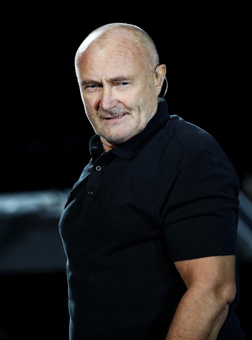 Phil Collins odwołał dzisiejszy i jutrzejszy koncert w Royal Albert Hall w Londynie (8 i 9 czerwca). Powodem był wypadek, do którego doszło w pokoju hotelowym. Artysta przebywa w szpitalu.