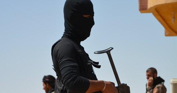 Do sądu trafił akt oskarżenia przeciwko zatrzymanemu w marcu przez Agencję Bezpieczeństwa Wewnętrznego obywatelowi Federacji Rosyjskiej narodowości czeczeńskiej Kyuri A. Miał brać w wojnie w Syrii po stronie Państwa Islamskiego. Mężczyźnie zarzucono też nielegalne posiadanie broni.