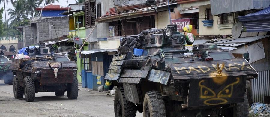 Amerykańskie siły specjalne włączyły się poprzez techniczne wsparcie do walk na południu Filipin z dżihadystamii z ugrupowania Maute, powiązanego z islamistyczną organizacją zbrojną Abu Sajaf - poinformowały filipińskie źródła wojskowe.