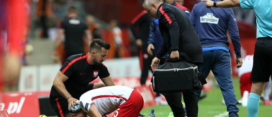 Krzysztof Mączyński, który w sobotnim meczu piłkarskiej reprezentacji Polski z Rumunią (3:1) w eliminacjach mistrzostw świata 2018, opuścił boisko z powodu kontuzji, podziękował kibicom za wsparcie i zapewnił, że wszystko jest w porządku.