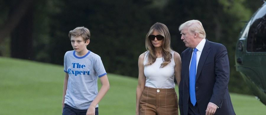 Prawie pięć miesięcy po zaprzysiężeniu męża na prezydenta Stanów Zjednoczonych pierwsza dama Melania Trump wprowadziła się z synem Barronem do Białego Domu.