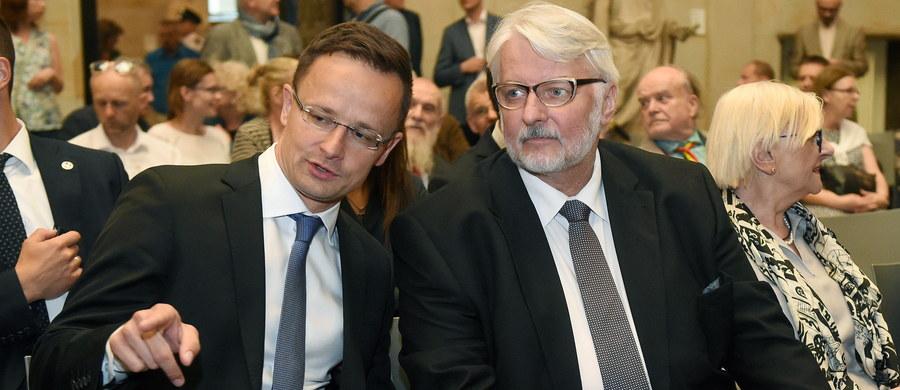 Za szantaż i nieeuropejskie zachowanie uznał minister spraw zagranicznych Węgier Peter Szijjarto zapowiedziane przez Komisję Europejską rozpoczęcie procedury o naruszenie prawa UE wobec krajów, które nie biorą udziału w programie relokacji uchodźców.