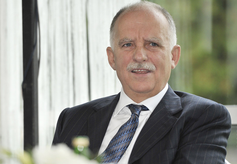 """Tadeusz Lampka, producent odpowiedzialny za tak popularne seriale emitowane w TVP, jak """"M jak miłość"""" czy """"Barwy szczęścia"""", przygotowuje kolejną produkcję. Tym razem dla TV Puls."""