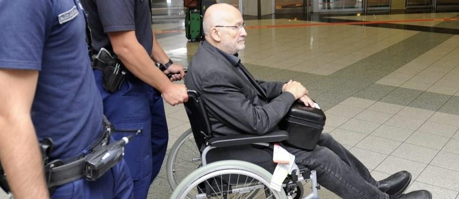 81-letni neonazista Horst Mahler, aresztowany w ubiegłym miesiącu w mieście Sopron na północnym zachodzie Węgier, został przekazany władzom niemieckim - poinformowała węgierska policja.