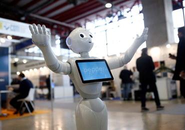 """Roboty odbiorą nam prace? """"Nie chcą urlopu, nie idą na L4"""""""