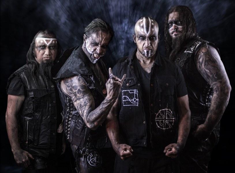 Kalifornijska grupa Witch Casket nagrała debiutancką płytę.