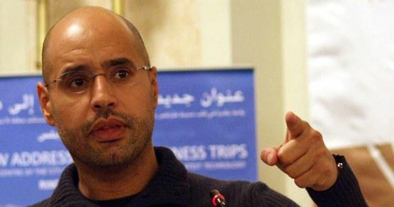 Prokurator Międzynarodowego Trybunału Karnego zażądała aresztowania i wydania Saifa al-Islama, najmłodszego syna obalonego dyktatora Libii Muammara Kadafiego. Został on wypuszczony na wolność w piątek przez ugrupowanie zbrojne kontrolujące część Libii.