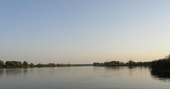 Do kilku wypadków doszło w czwartek na mazurskich jeziorach, jedna osoba nie żyje. Ratownicy Mazurskiego Ochotniczego Pogotowia Ratunkowego apelują do żeglarzy o ostrożność podczas wzmożonego ruchu na wodzie.