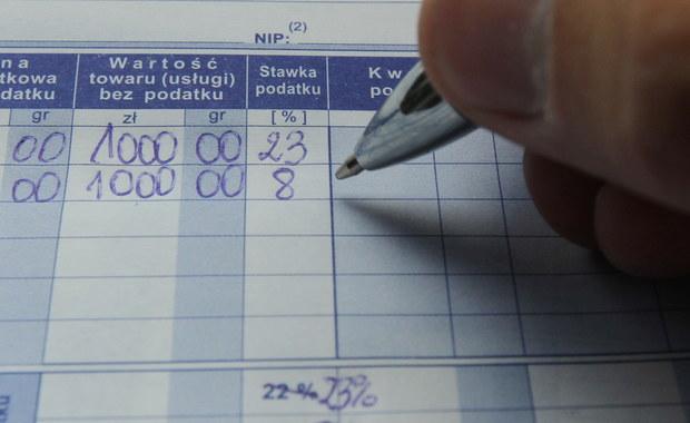 Dyrektor szkoły w Jaworznie na Śląsku zwolniony z powodu ewentualnych nieprawidłowości. Na zwolnienie zgodził się kurator oświaty. W sprawie wszczęto także śledztwo.