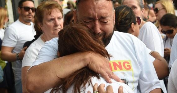Brytyjska policja poinformowała, że może nigdy nie być w stanie zidentyfikować wszystkich ofiar pożaru, który doszczętnie strawił wieżowiec Grenfell Tower w zachodnim Londynie. Służby ratunkowe trzeci dzień przeczesują budynek w poszukiwaniu ciał osób, które nie zdołały się z niego wydostać. Z najnowszych informacji wynika, że w zdarzeniu zginęło 30 osób, jednak - jak zapowiada policja - ta liczba może wzrosnąć.