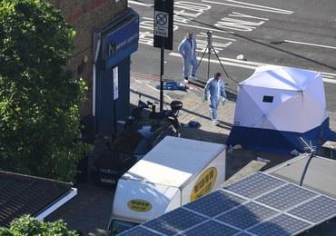 Londyn: Samochód wjechał w grupę ludzi przed meczetem. Nie żyje jedna osoba