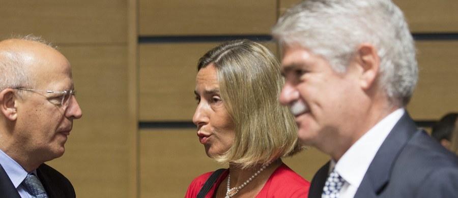 Szefowa unijnej dyplomacji Federica Mogherini, która uczestniczyła w spotkaniu ministrów spraw zagranicznych UE w Luksemburgu, powiedziała, że spodziewa się, iż państwa UE przedłużą sankcje wobec Rosji w związku z jej agresją na Ukrainie.
