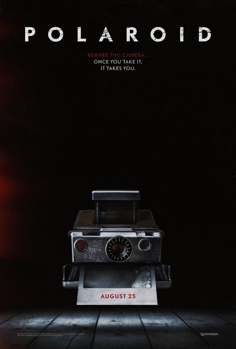 """Twórcy horrorów """"The Ring"""" oraz """"The Grudge - Klątwa"""", które na trwałe zapisały się w historii gatunku, postanowili raz jeszcze sięgnąć po motywy z kina grozy. """"Polaroid"""" odwołuje się do lęku, jaki czasem budzić mogą rekwizyty z dawnych czasów."""