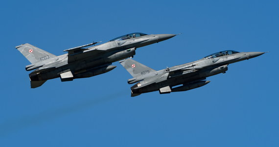 To polskie F-16 przechwyciły wczoraj nad Bałtykiem samolot rosyjskiego ministerstwa obrony i eskortujące go Su-27 - dowiedział się reporter RMF FM Krzysztof Zasada. Udział polskich żołnierzy w tej akcji potwierdza MON.