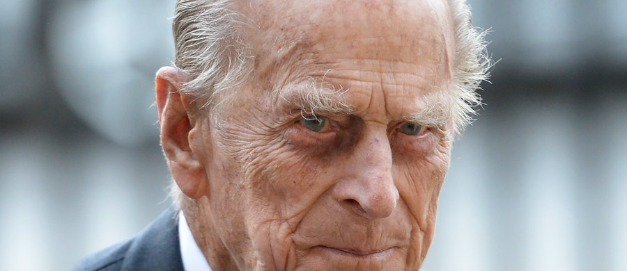 Małżonek brytyjskiej królowej Elżbiety II, 96-letni książę Filip, wyszedł ze szpitala, do którego trafił dzień wcześniej w związku z infekcją wynikającą z przewlekłej choroby - poinformował Pałac Buckingham.