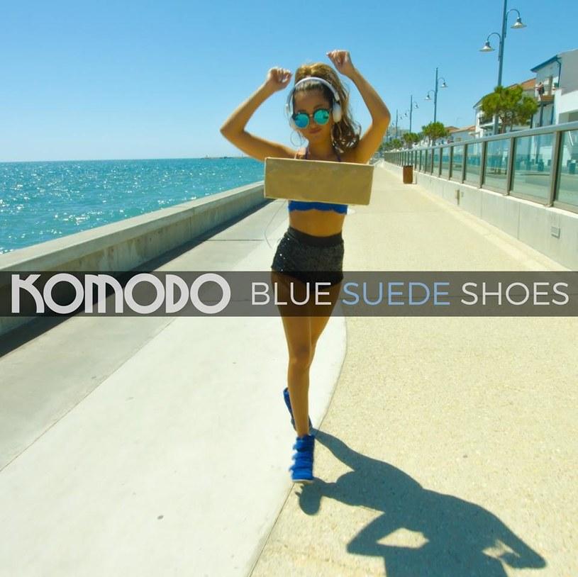 """Polski kolektyw Komodo jako jedyny w XXI wieku otrzymał oficjalną zgodę na stworzenie nowej wersji utworu """"Blue Suede Shoes"""" spopularyzowanego przez Elvisa Presleya."""