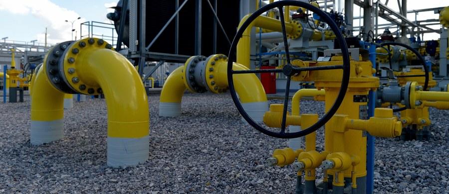Jeżeli spadek jakości gazu w gazociągu jamalskim się przedłuży, może się to przełożyć na cały sezon zimowy 2017/2018 - uważa prezes PGNiG Piotr Woźniak. Jego zdaniem, jeśli sytuacja unormuje się do piątku rano, skutki przerwy w poborze gazu da się nadrobić.