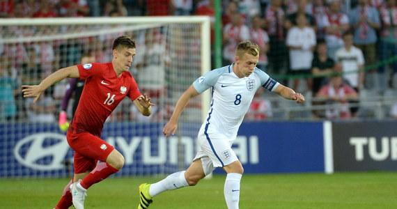 Polscy piłkarze przegrali w Kielcach z Anglią 0:3 w młodzieżowych mistrzostwach Europy. Zajęli ostatnie miejsce w grupie A