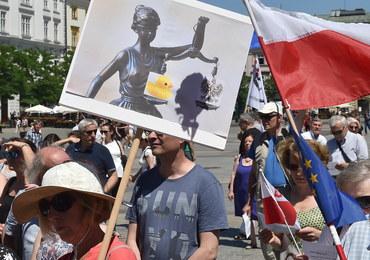 KOD manifestował w Krakowie przeciw wyrokowi TK ws. wyboru członków KRS