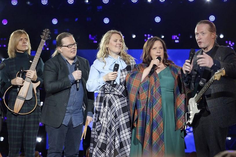 """Poniżej możecie zobaczyć najnowszy teledysk rodzinnej grupy The Kelly Family - """"Brothers and Sisters""""."""