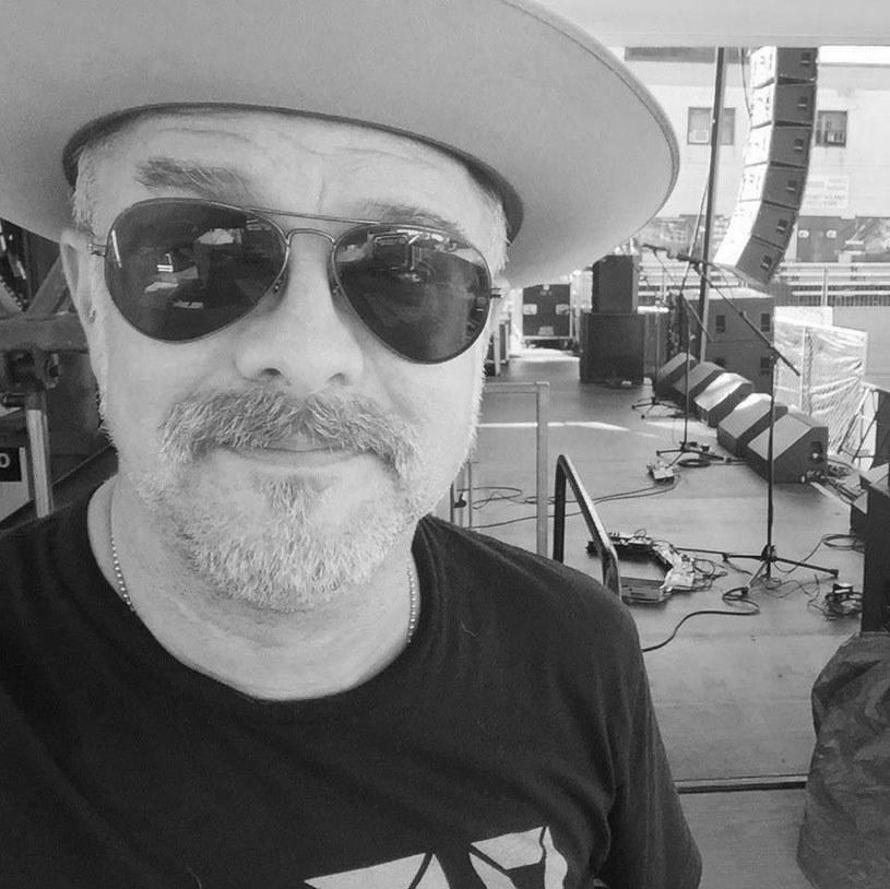Tradycyjna nowoorleańska parada pogrzebowa - w ten sposób uczczono pamięć zmarłego 27 czerwca w wieku 50 lat Dave'a Rossera, gitarzysty amerykańskiej grupy The Afghan Whigs.