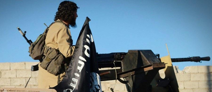Bojownicy Państwa Islamskiego (ISIS) wycofali się z ostatniego zajmowanego obszaru w prowincji Aleppo na północnym zachodzie Syrii - poinformowało Syryjskie Obserwatorium Praw Człowieka z siedzibą w Londynie.