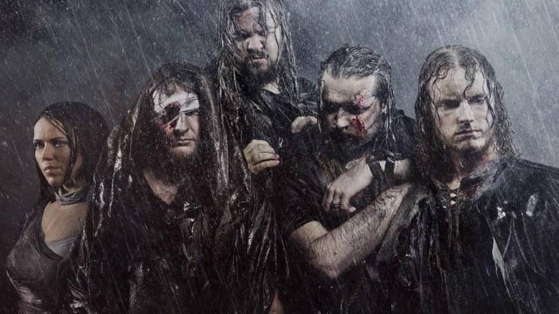 Helsińska formacja Crimfall odlicza już dni do premiery trzeciego longplaya.