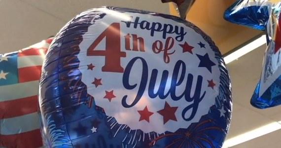 Amerykanie mają długi weekend. Dziś 4 lipca, czyli Dzień Niepodległości. O obywatelach USA pewnie można powiedzieć wszystko, ale nie to, że nie potrafią manifestować swojej miłości do kraju.