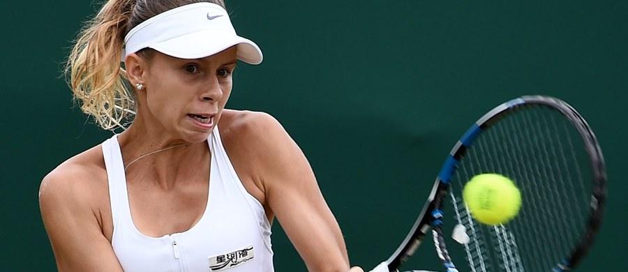 Magda Linette przegrała z Amerykanką Bethanie Mattek-Sands 6:1, 2:6, 3:6 w meczu pierwszej rundy wielkoszlemowego turnieju tenisowego w Wimbledonie. Mecz trwał 1 godzinę i 38 minut.