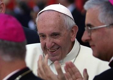 """""""Corriere della Sera"""": W Kurii Rzymskiej rośnie krytyka papieża i jego pontyfikatu"""