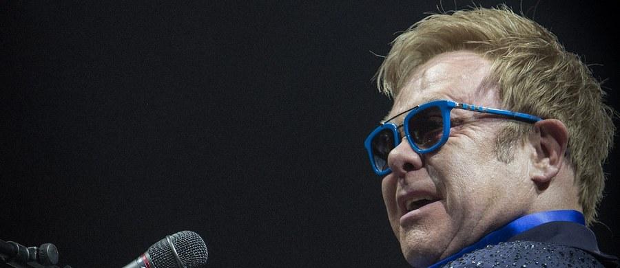 """Wspaniały show Eltona Johna na scenie Opery Leśnej już w najbliższą niedzielę, 9 lipca! Artysta szczególnymi względami darzy to miejsce. """"Stanąłem tu na scenie z moim przyjacielem, z którym znamy się 33 lata"""" - powiedział. O kim mowa?"""