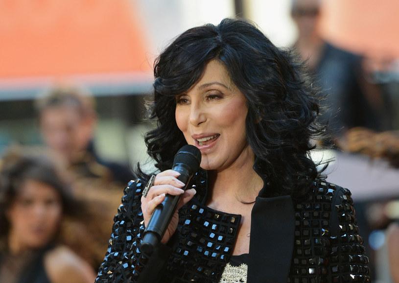 Popularna wokalistka w ostrych słowach skomentowała wizytę Donalda Trumpa w Polsce. Cher wypowiedziała się również o polskim rządzie.
