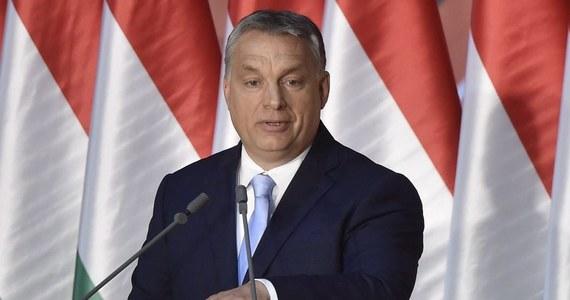 Przywódcy państw UE zgadzali się na szczycie w Brukseli w sprawie ochrony granic i zatrzymania migrantów na granicach zewnętrznych, ale nie w sprawie relokacji i imigracji - oznajmił premier Węgier Viktor Orban w nagraniu zamieszczonym na Facebooku.
