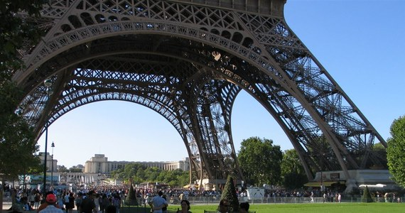 Kolacja w wykwintnej restauracji na drugim piętrze Wieży Eiffla jest jednym z punktów wizyty w Paryżu prezydenta USA Donalda Trumpa i jego żony Melanii. Para prezydencka przybędzie do Francji w czwartek, by wziąć udział w obchodach święta narodowego 14 lipca.