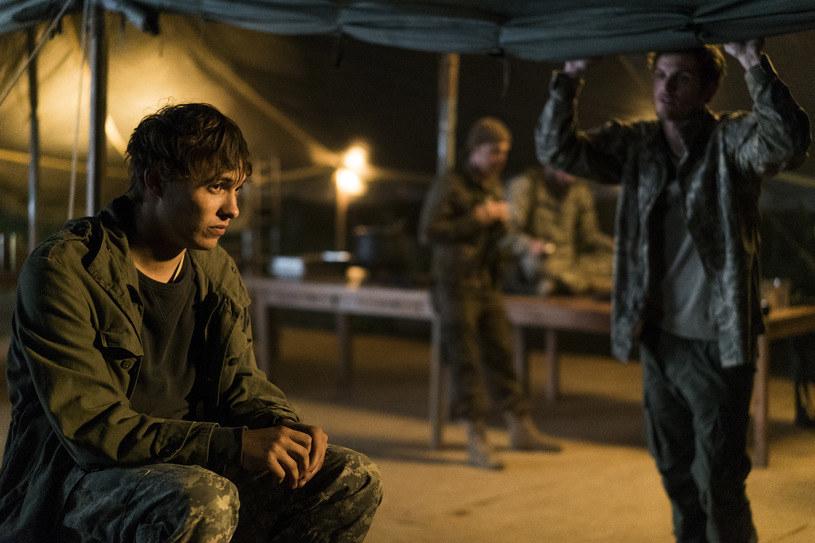 """Druga część trzeciego sezonu """"Fear the Walking Dead"""" powróci na ekrany 11 września (o 3:00; powtórna emisja - 21:00). Wyemitowane zostanę wtedy dwa odcinki serialu."""