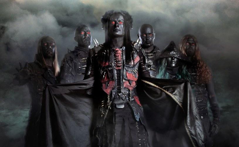 Angielska grupa Cradle Of Filth podzieliła się z fanami teledyskiem do pierwszego singla z nowej płyty.