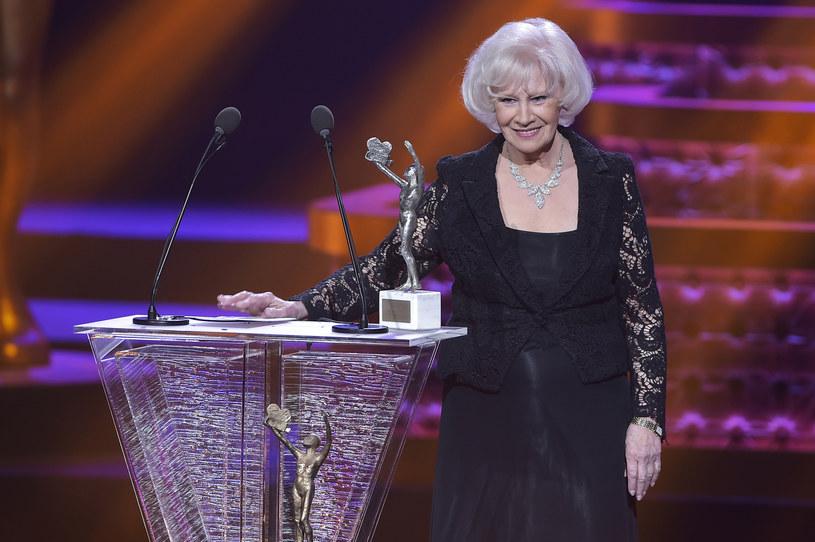 Mówi, że telewizja była jej życiem, ale jednocześnie… tylko pracą. Bo na pierwszym miejscu zawsze stała rodzina. We wtorek, 25 lipca, Pani Krystyna Loska skończy 80 lat.